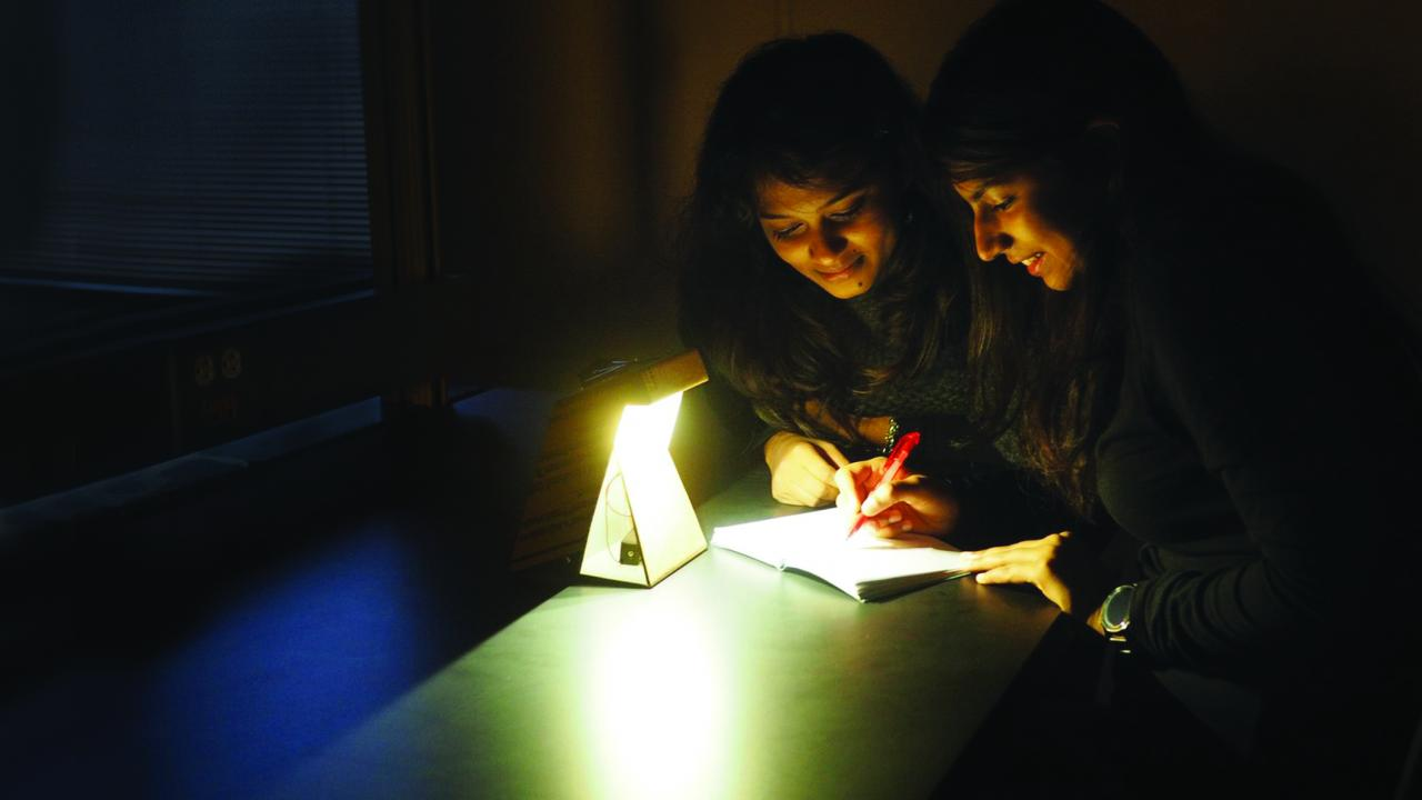 MakeGlow light for rural India by design student at UC Davis